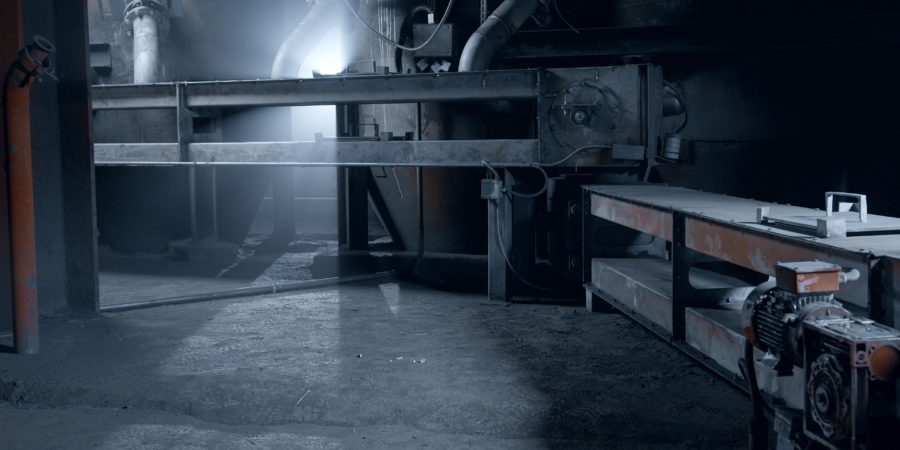 Успешно закончилась опытная эксплуатация герметичного безроликового ленточного конвейера